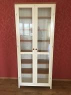 Hoge, smalle Witte vitrinekast Ikea
