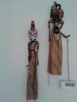 Oude handgemaakte wajangpop uit Indonesië