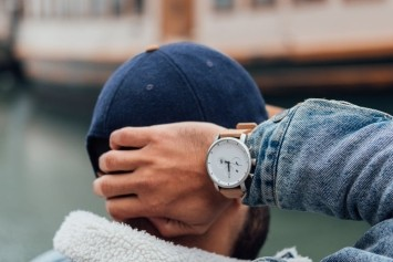 Koop je exclusieve Tommy Hilfiger of Hugo Boss horloge gewoon online