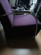 Paarse fauteuil
