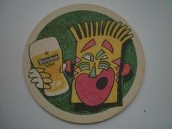 1 bierviltje Heineken -Figuurtje