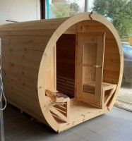 Schoener Yukon Cedar Barrelsauna met veranda