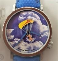 Twee nog nieuwe Akteo horloges.