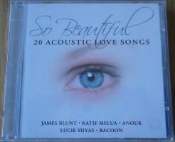 Te koop de verzamel-CD So Beautiful: 20 Acoustic Love Songs…