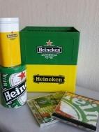 Heineken 2 CD Kratjes+2 Cd +Feeststrik+2 Blikjes
