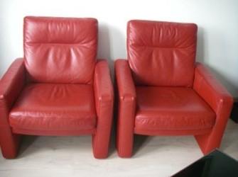 2 mooie rode leren fauteuils van Montell