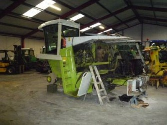 Claas 800 series