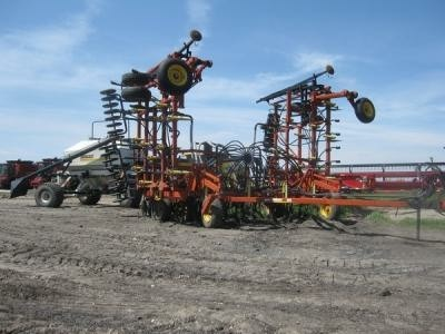Bourgault Air Seeder - ?????? ???????