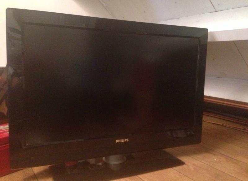 Philips 37pfl3312 LCD TV mooi exemplaar