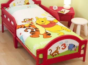 Winnie de Pooh Playground Kinderbed | Peuterbed