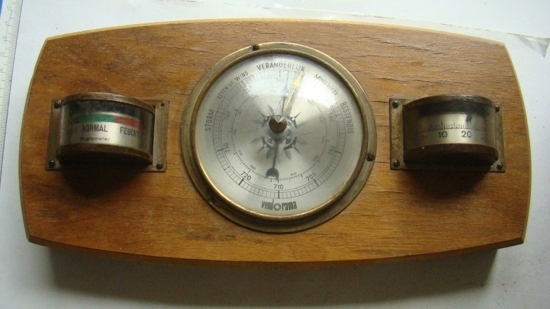 Barometer met temp en hydro