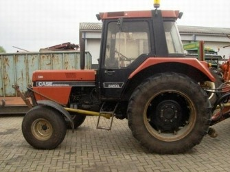 Case IH 845XL TRACTOR+FRONTHEF