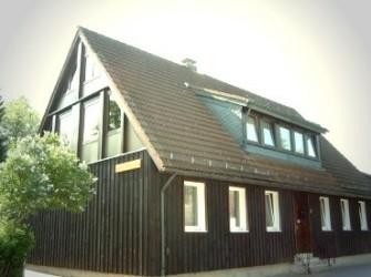 D604 Vrijstaand huis met appartementen