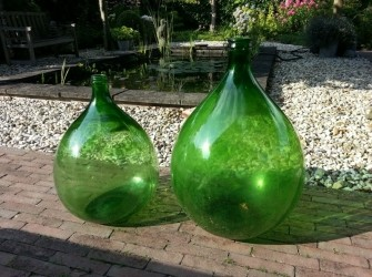 Antieke olijfolieflessen 2 stuks groen