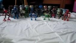 collectie van 12 bionicle's ( serie van lego )