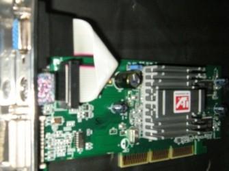 128 Mb Silent Radeon 9800SE AGP Videokaart Lp