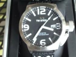 TW Steel Horloge Zwart.