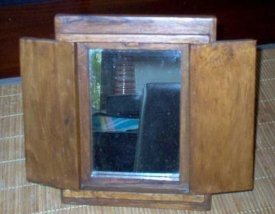 Spiegel Met Deurtjes : Eiken boedha spiegel met deurtjes den helder koopplein