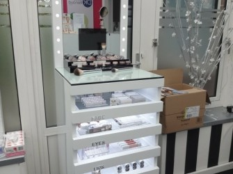 Nieuw: New Cid Cosmetics bij Clinique Chevallier