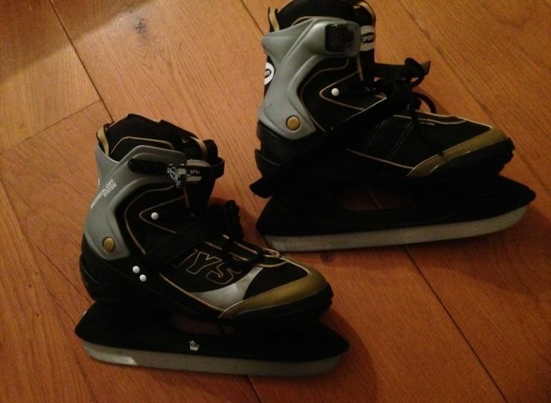 Hockey schaatsen maat 43