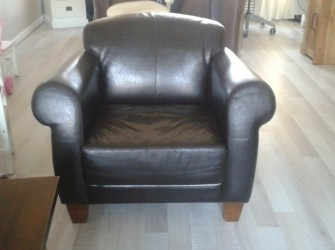 2 mooie leren fauteuils zeer goede kwaliteit