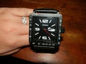 Horloge OOZOO zwart nieuw Pandjeshuis Harlingen