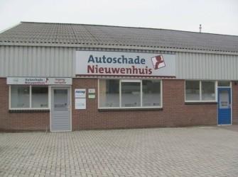 Autoschade Nieuwenhuis in Drenthe, uitdeuken, autospuiterij