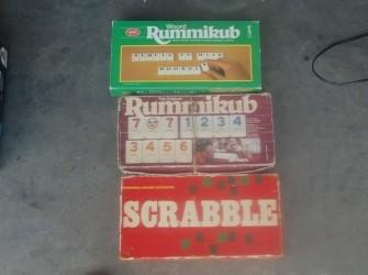 Gezeldschapspellen rummikub+scrabbel Pandjeshuis