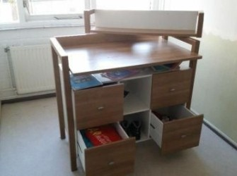 commode en kinderbed te koop