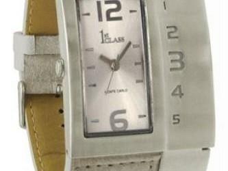 Horloge lady attendant