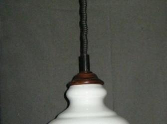 klass. pendellamp,wit glazen kap, max 163 cm,gr.fitting,nst