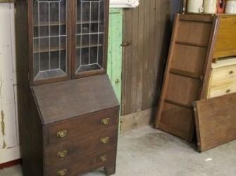oude secretaire / vitrinekastje
