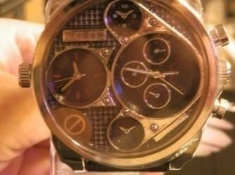Horloge zwart groot zwarte band Pandjeshuis