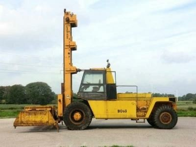 Boss G4212GP 42ton Incl Spreader and Forks