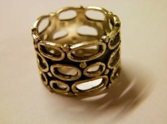 Dikke zilveren ring Pandjeshuis Harlingen