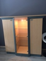 Kast/dressoir met licht te koop voor 25 euro