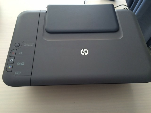 HP Deskjet 1050A (Scan/print/copy)